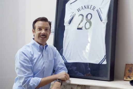 Jason Sudeikis Returns as English Premier League Coach Ted Lasso