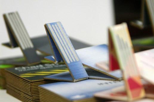 Meet swivelCard: the Smart Business Card