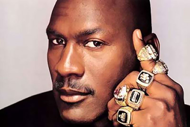 Michael Jordan Takes the ALS Ice Bucket Challenge and Calls Out Phil Jackson and the Dream Team