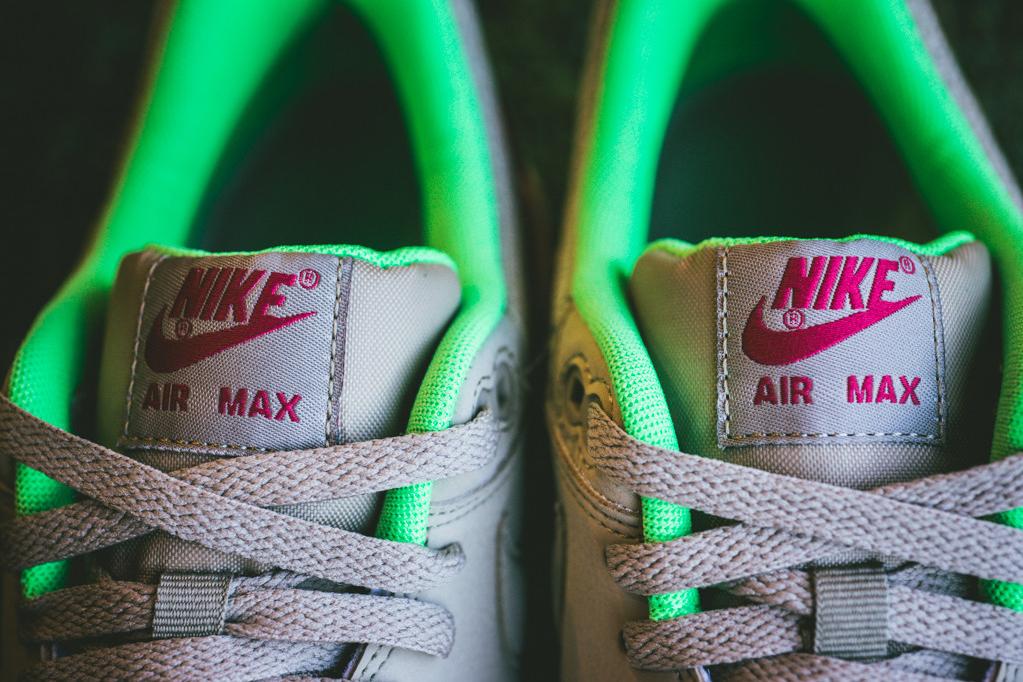 nike air max 1 essential bamboo fuchsia