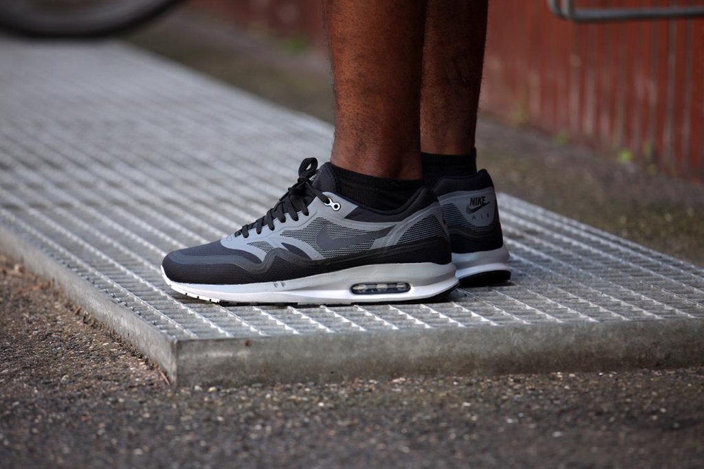 nike air max lunar 1 wr black