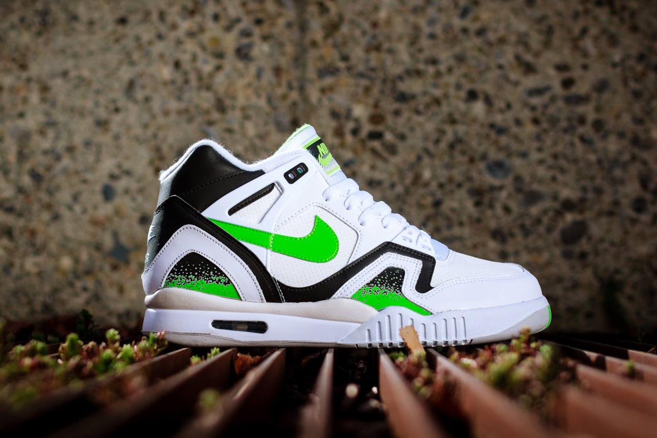 Nike Air Tech Challenge II White/Poison Green-Black-Ash Grey