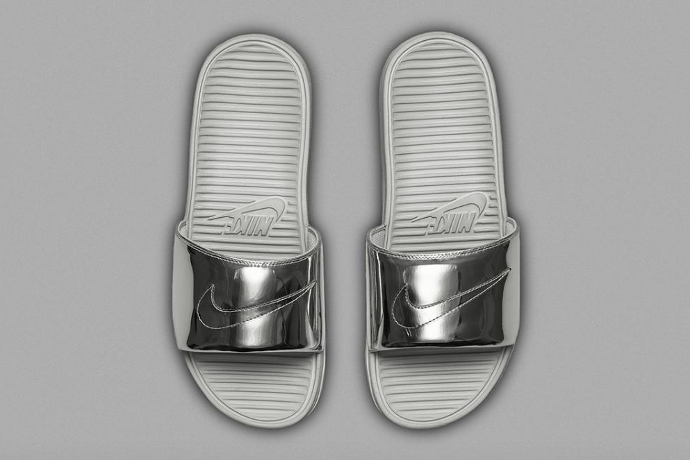 nike benassi solarsoft slide sp liquid metal