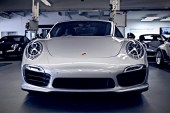 Porsche Enthusiasts Magnus Walker & Tony Hatter Examine the New 911 Turbo S Exclusive GB Edition