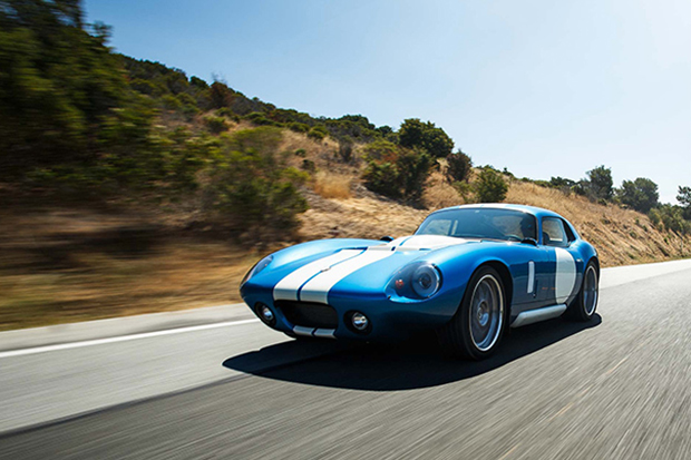 """The 2015 Renovo Coupe Introduces Itself as """"America's First All-Electric Supercar"""""""