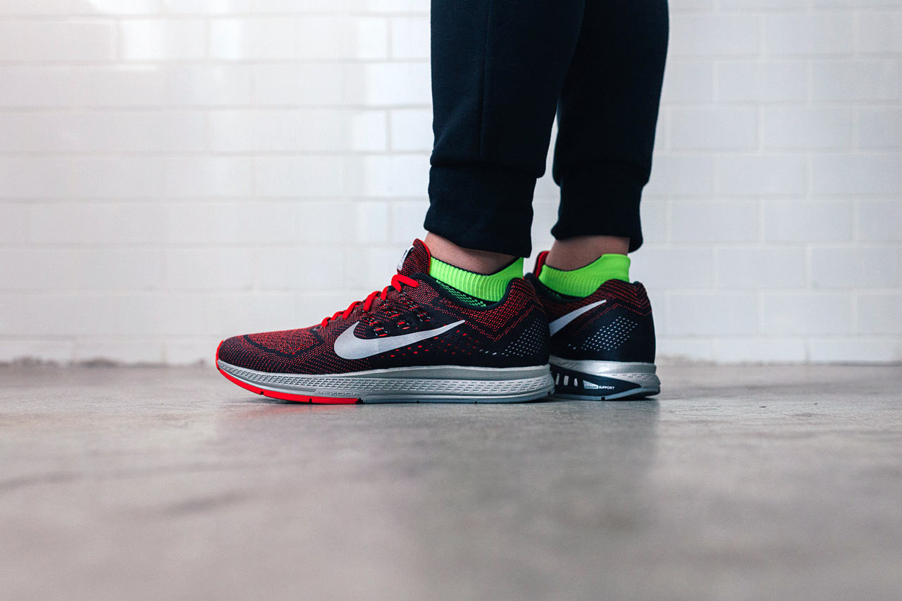 A Closer Look at the Nike Air Zoom Structure 18