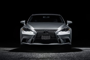 A Closer Look at the 2015 Lexus IS350 F Sport