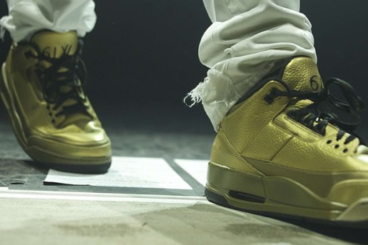 Drake Takes to the Stage in His Unreleased All-Gold Jordan 3s