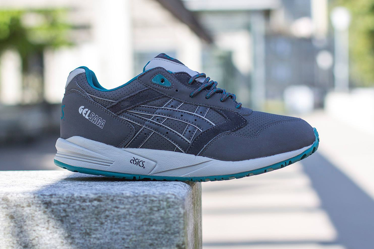 asics gel saga dark grey