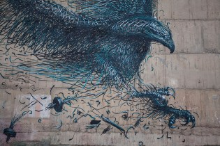 "DALeast Creates a Massive ""Defoliation"" Mural in New Zealand to Honor the Haast's Eagle"