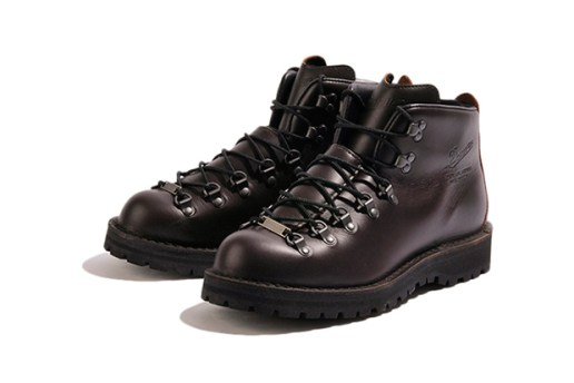 "Mr. GENTLEMAN x Danner ""Mountain Light"""