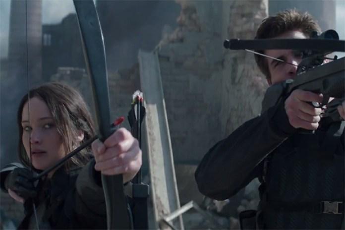 "The Hunger Games: Mockingjay Part 1 ""The Mockingjay Lives"" Trailer"