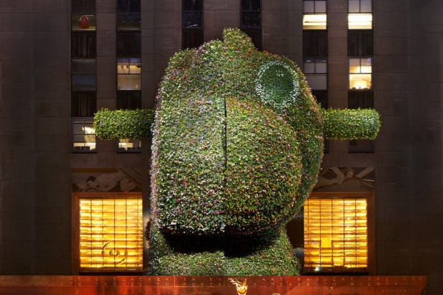 Jeff Koons' 'Split-Rocker' Sculpture Has Extended its Display