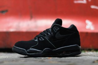 "Nike Air Flight '89 ""Triple Black"""