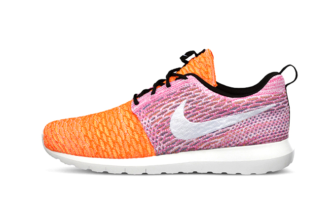 "Nike Flyknit Roshe Run ""Random Yarn Color"""