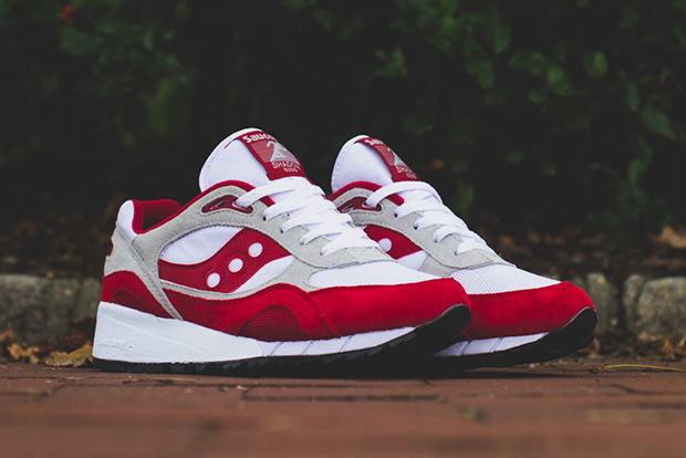 "Saucony Shadow 6000 ""Running Man"" Pack"