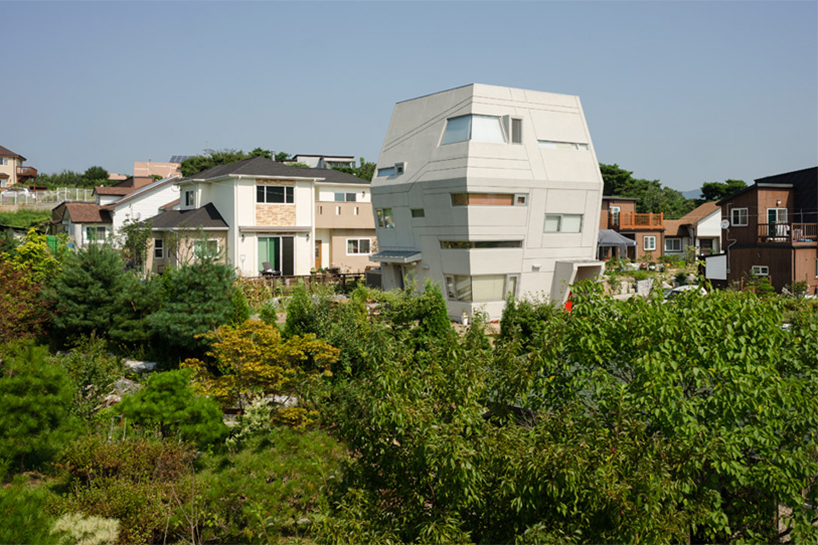 Starwars House by MOON HOON Architects