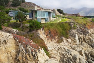 The Otter Cove Residence by Sagan Piechota Architecture