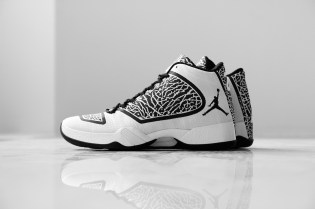 A Closer Look at the Air Jordan XX9 White/Black