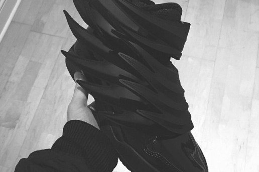 "A First Look at the Jeremy Scott x adidas Originals JS Wings ""Dark Knight"""