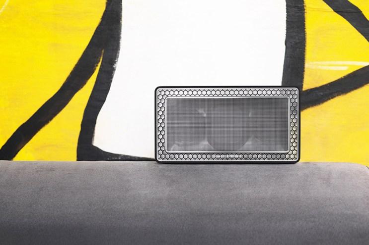 Bowers & Wilkins T7 Bluetooth Speakers