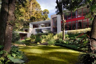 Casa Chinkara by Solis Colomer Arquitectos