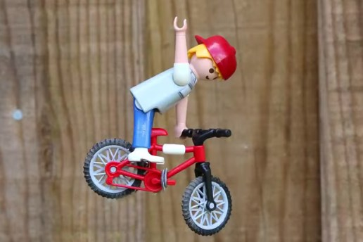 Extreme Toys: Playmobil BMX Stop-motion Action