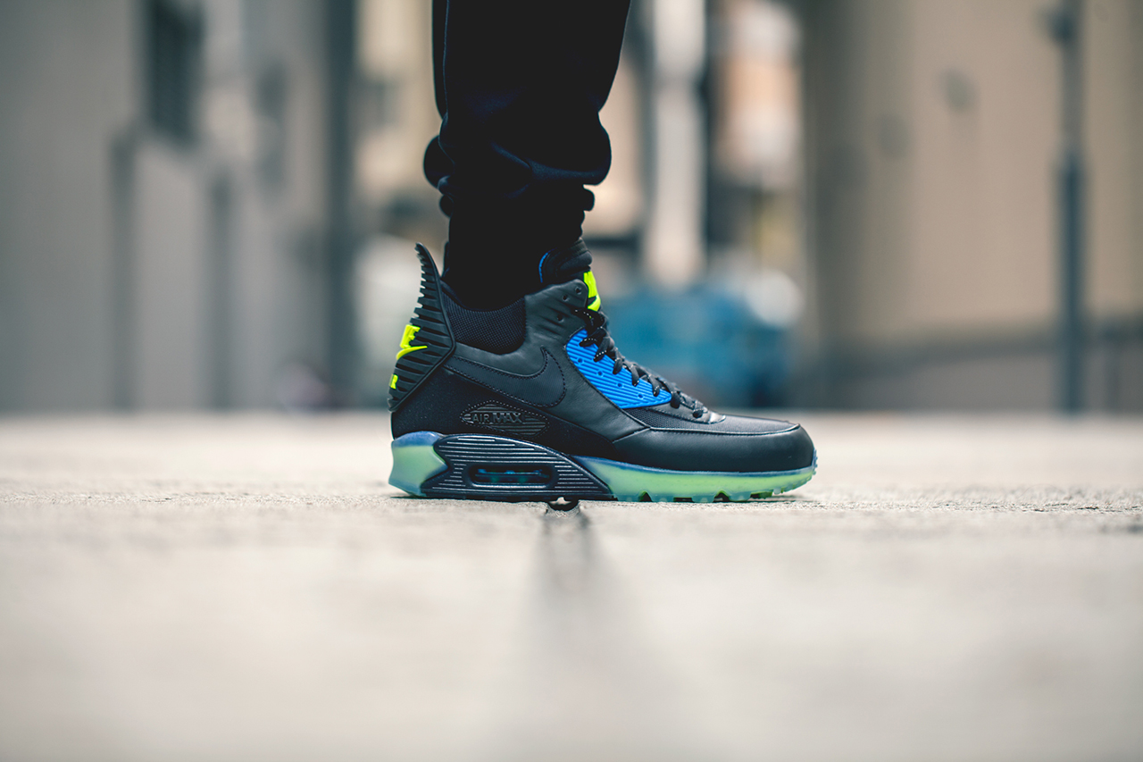 nike air max 90 boot ice