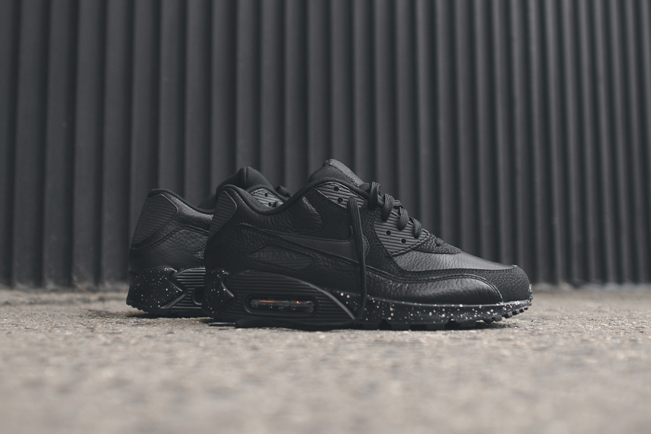 Nike Air Max 90 Premium Black/Metallic Silver