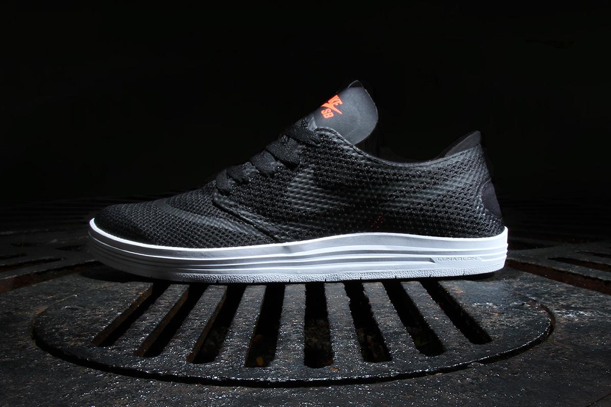 Nike SB Lunar One Shot R/R Black/Hyper Crimson
