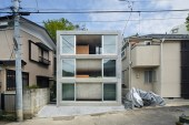 Takeshi Hosaka Architects Presents Byoubugaura House in Yokohama