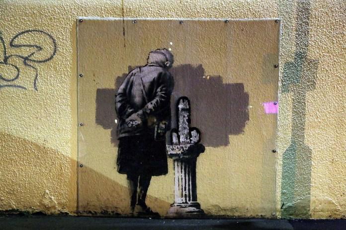Vandals Target Banksy Mural 'Art Buff'