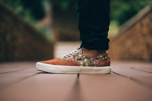 "Vans California 2014 Holiday ""Floral Mix"" Pack"