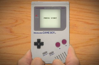 Watch the Start Screens for Nearly Every Game Boy Title Ever Made
