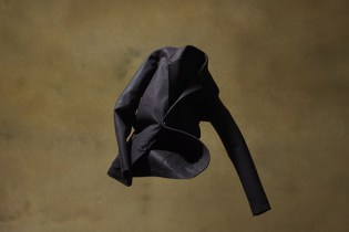 """YOHJI YAMAMOTO COSTUME D'HOMME """"cut motion + motion sewing"""" Collection Redefines Suits"""