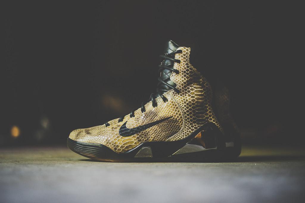 "A Closer Look at the Nike Kobe IX High EXT QS ""Snakeskin"""