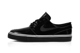 A First Look at the Lockwood x Nike SB Zoom Stefan Janoski