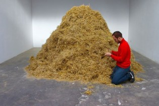 A Performance Artist Spends 2 Days Looking for a Needle in a Haystack at Palais de Tokyo