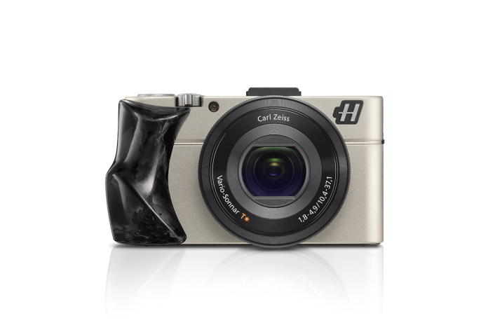 Hasselblad Unveils the New Stellar II Compact Camera