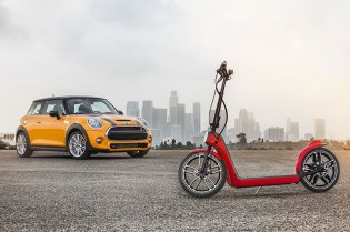 MINI Unveils the Citysurfer, a Collapsible Electric Scooter