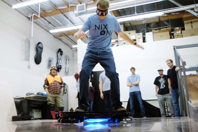 Tony Hawk Skates the Hendo Hoverboard