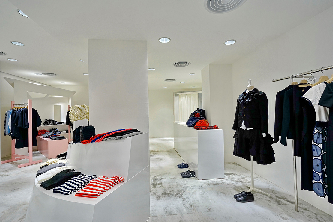 Shop the latest Comme des Garçons at END. - the leading retailer of globally sourced menswear. New products added daily.
