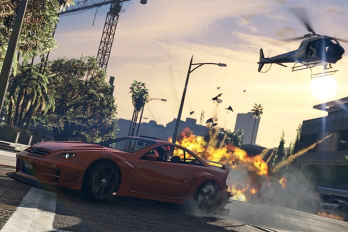"Grand Theft Auto Online ""Heists"" Trailer"