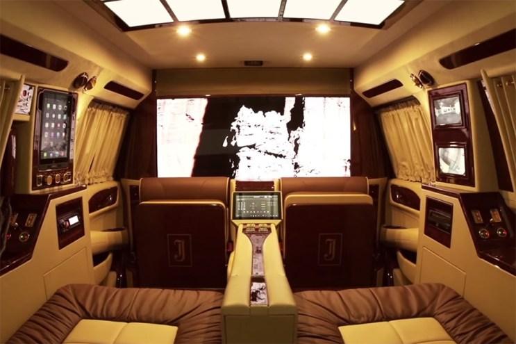 Lexani's Concept One Curve Converts a 2015 Cadillac Escalade Into a Home Theater