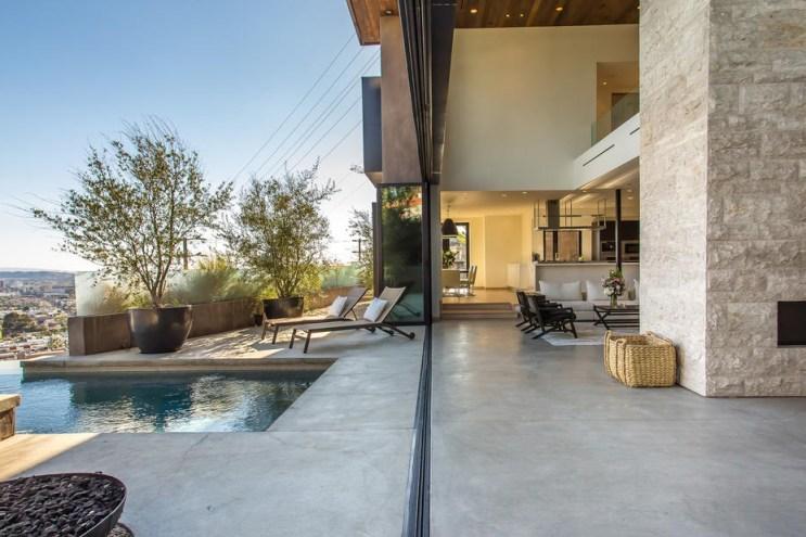 A Look Inside a $7 Million USD Modern Hollywood Hills Home