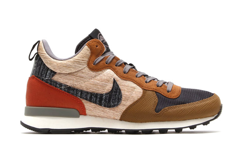 Nike 2014 Holiday Internationalist Mid QS Pack