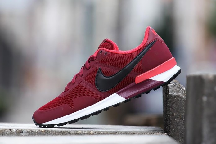 "Nike Air Pegasus 83/30 ""Team Red"""