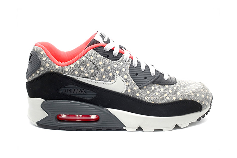 "Nike Sportswear 2015 January ""Polka Dot"" Pack"