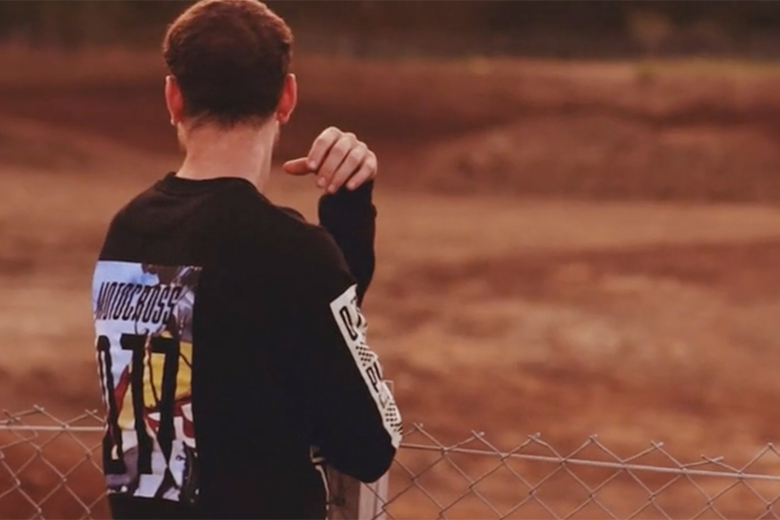"Play Cloths x Saucony Grid 9000 ""Motocross"" Trailer"