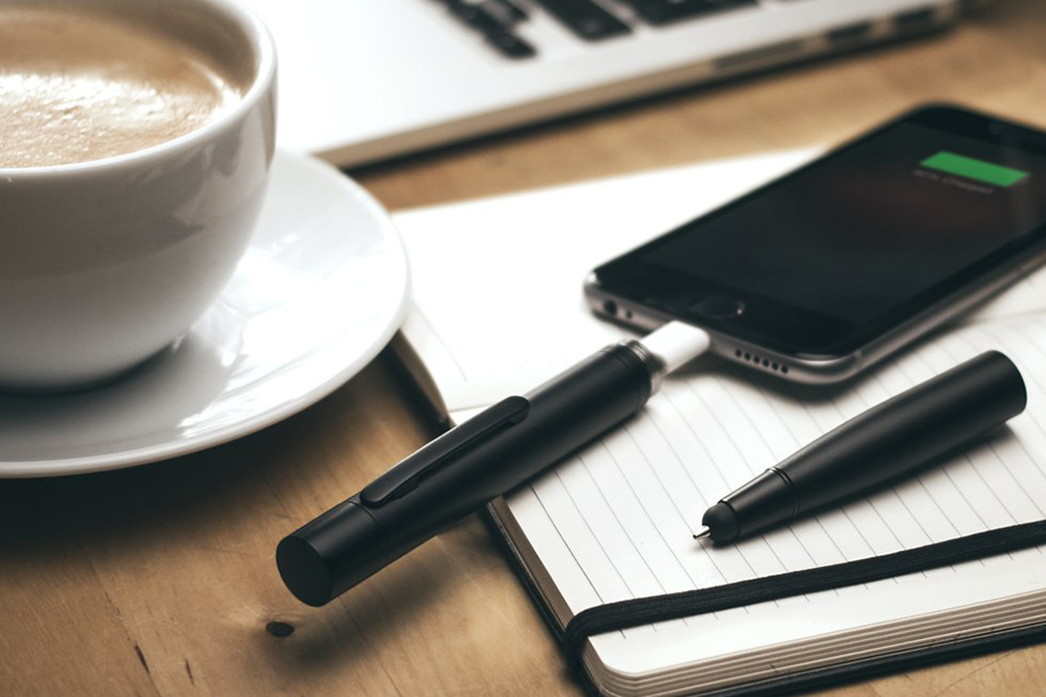 The Power Pen Keeps You Writing and Charged Up Throughout the Day